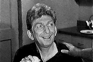 Sterling Holloway as Waldo Binney